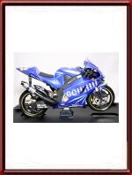 Norick Abe Yamaha YZR M1 Gauloises 1/10th scale model by Guiloy